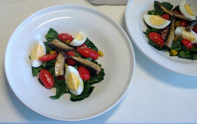 Salati ar sprotem-2